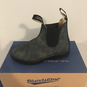 Brand New Blundstone's - Rustic Black
